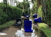 carts blocking alley